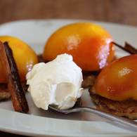 Poached_peaches_with_oat_buttermilk_pancakes