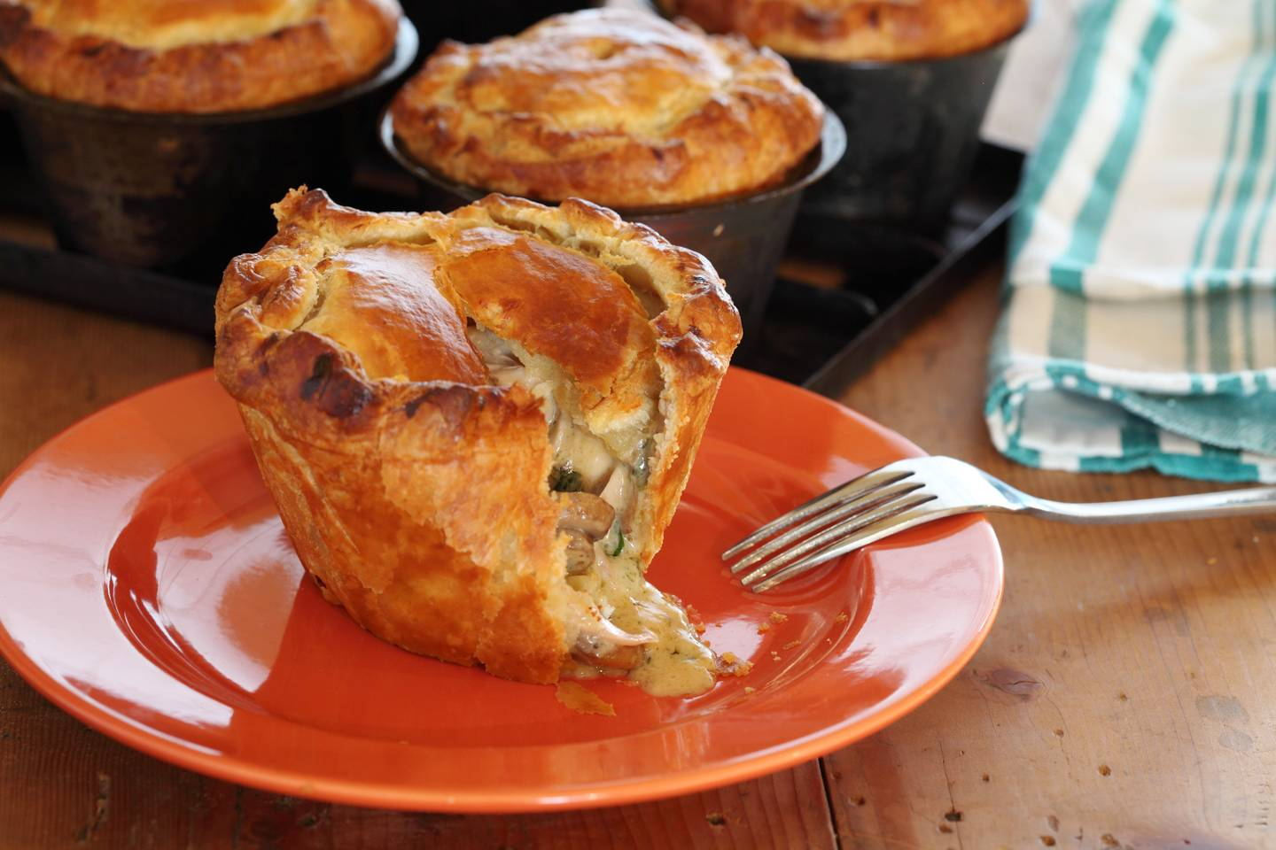 Country_chicken_and_mushroom_pies