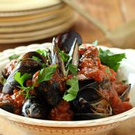 Mussels_with_tomato_and_basil_sugo