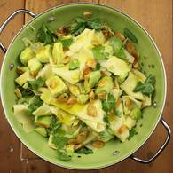 Avocado_ginger_and_almond_pasta_with_coriander