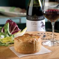 Barossa_chook_pie_yalumba_shiraz_viognier_00481_300_rgb.jpg