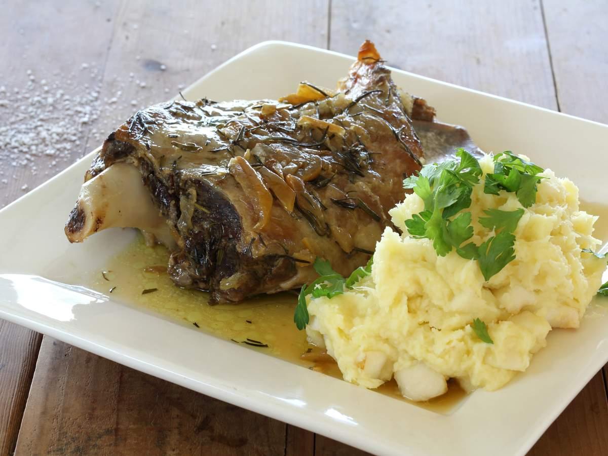 Lamb shoulder roast with preserved lemons 2