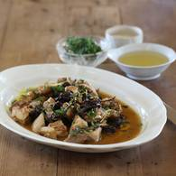Chicken thigh pear cider prunes and fresh herbs 3