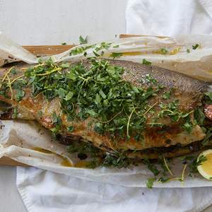 Oven baked trout with sour dough thyme verjuice and lemon stuffing 3