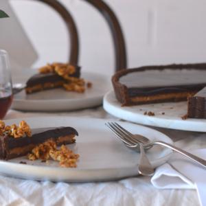 No bake chocolate peanut caramel tart 2