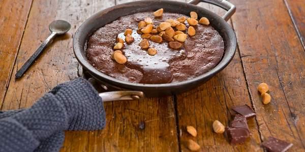 Skillet chocolate brownie