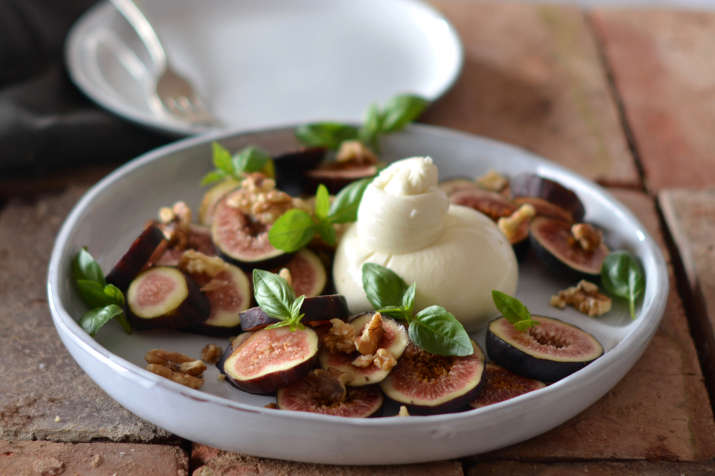 Figs burrata
