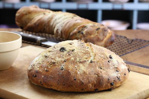 Olive bread 51
