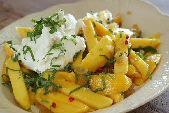 Approved mango salad with mint labne 3