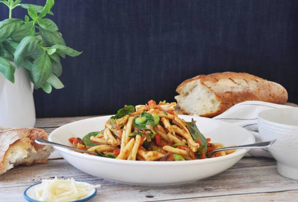 Vegetable bolognese with tomato basil sugo 4