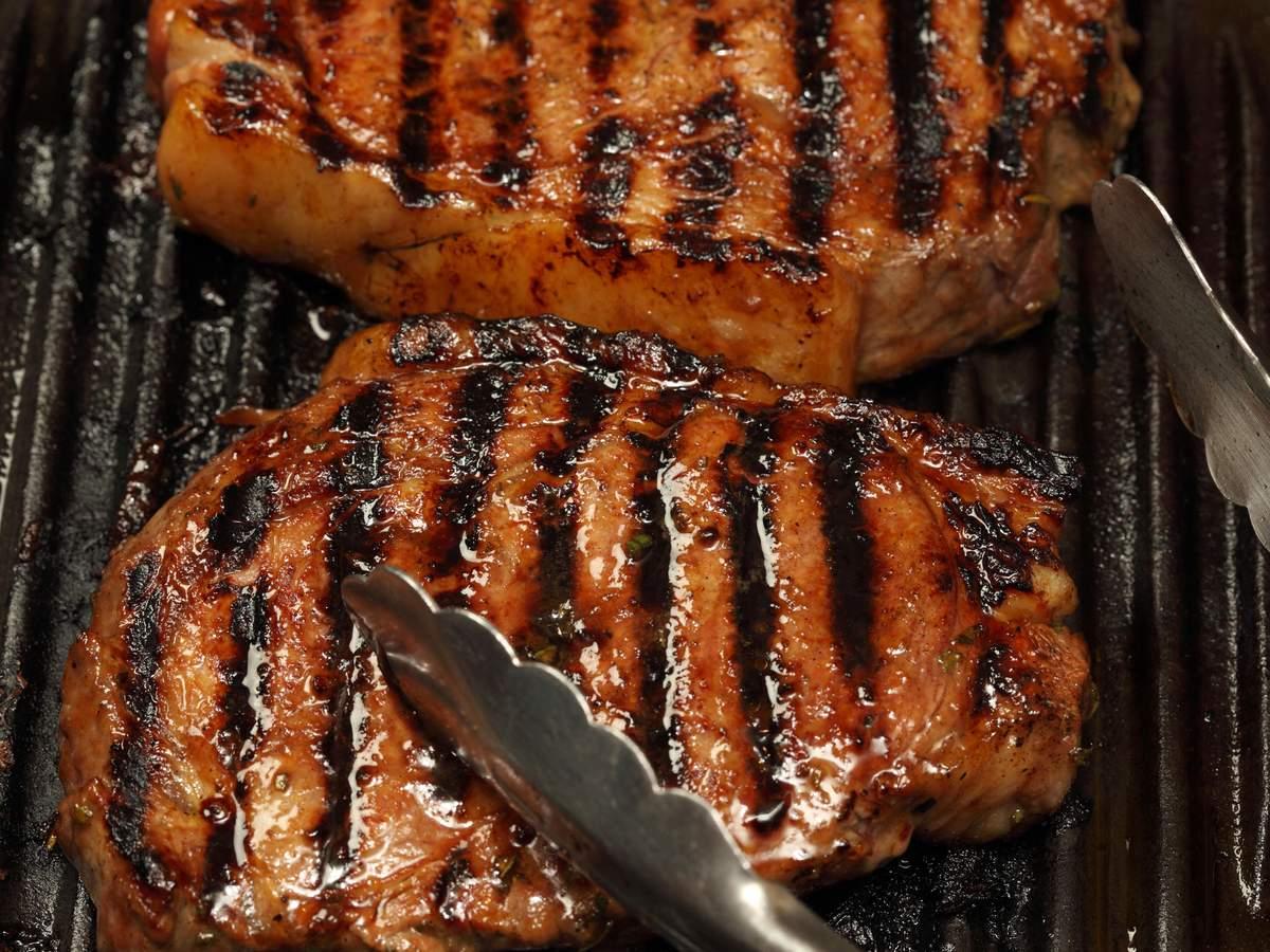 Plum glazed sirloin steaks