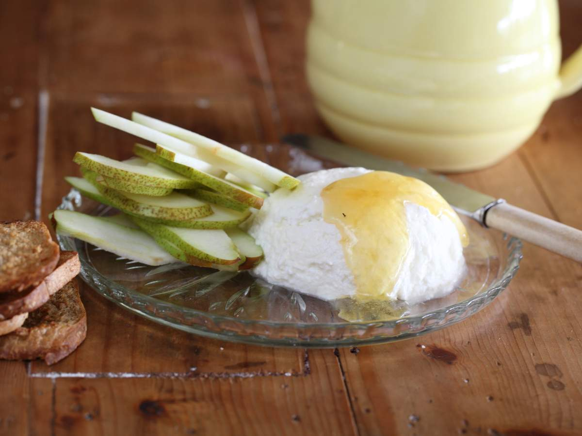 Ricotta honey and pears