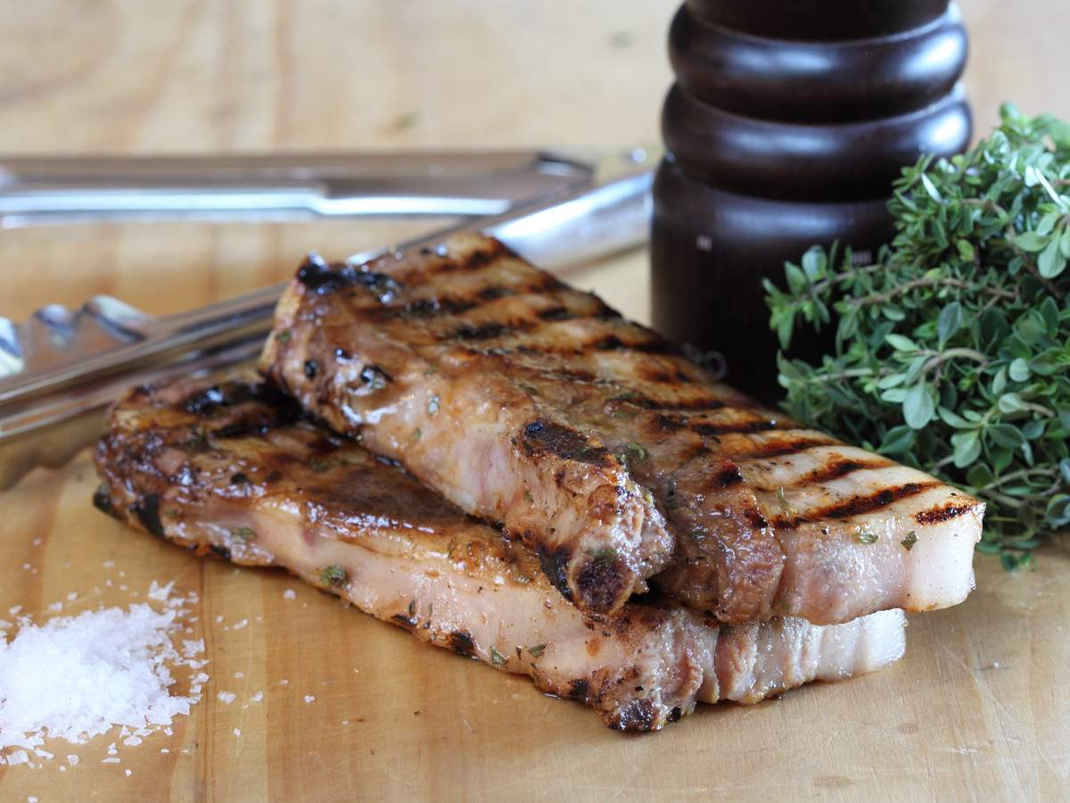 Spiced pear marinated pork spare ribs