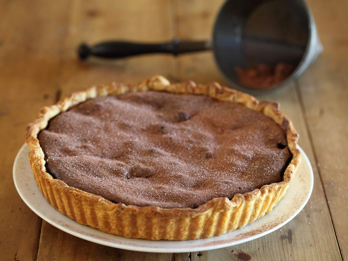 Watch Quince And Frangipane Tart Recipe video