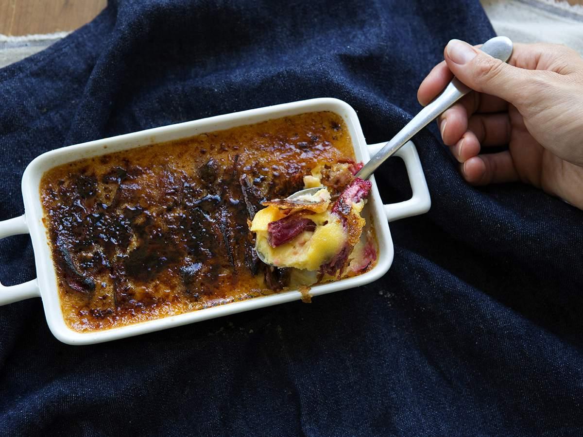 Rhubarb creme brulee