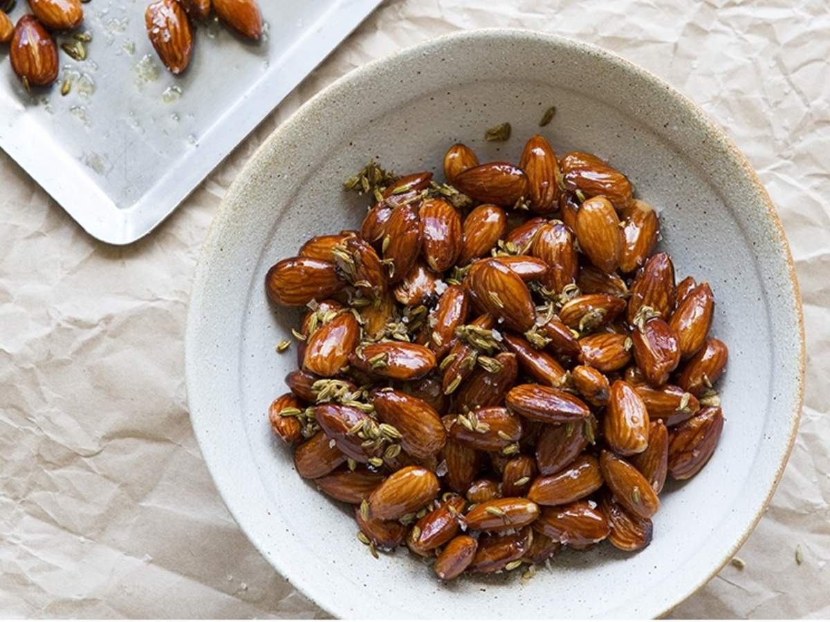 Almonds Toasted with Fennel Seeds and Extra Virgin Olive Oil