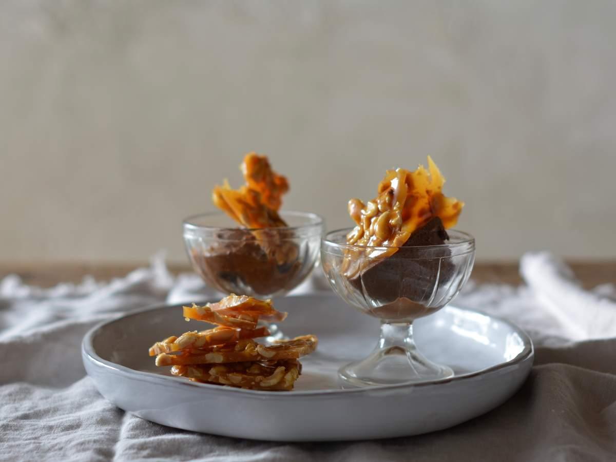 Caramel nut brittle 1