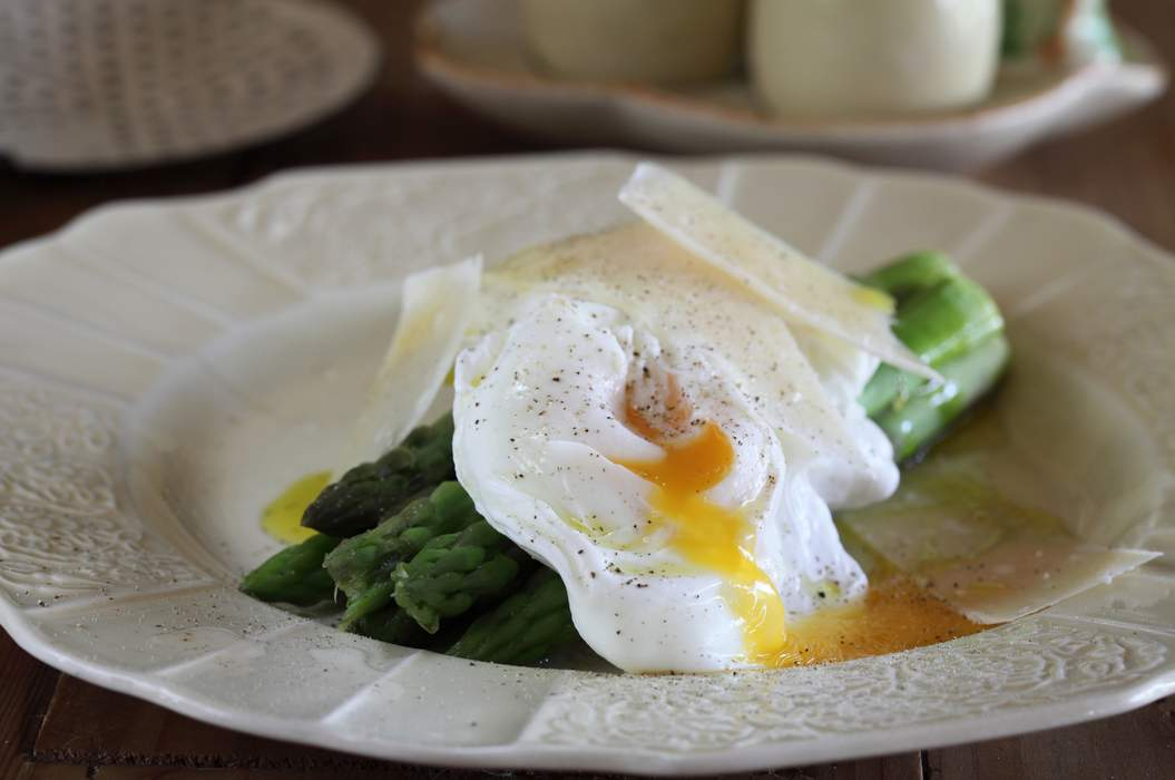 Asparagus with soft boiled eggs and parmesan
