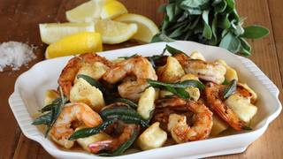 Potato gnocchi with prawns