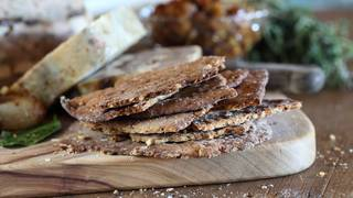 Buckwheat walnut flatbread 03