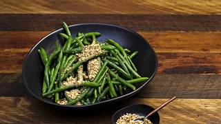 Green beans with dukkah 1