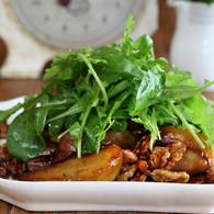 Baked pear salad with belly bacon and walnuts