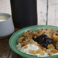 Breakfast bowl with burnt fig jam 1